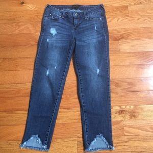 EUC Celebrity Pink Stretchy Ankle Jeans size 1